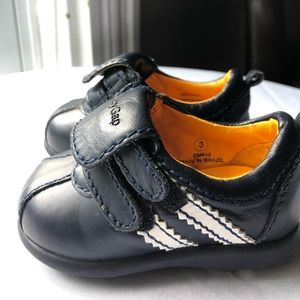 Leather Baby Gap cleats